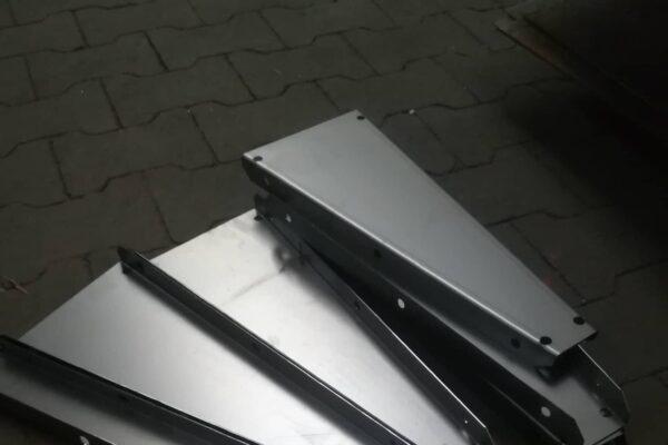 Cięcie i gięcie CNC